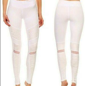 87fe7f7b12110 boutique Pants | Brand New White Moto Leggings | Poshmark